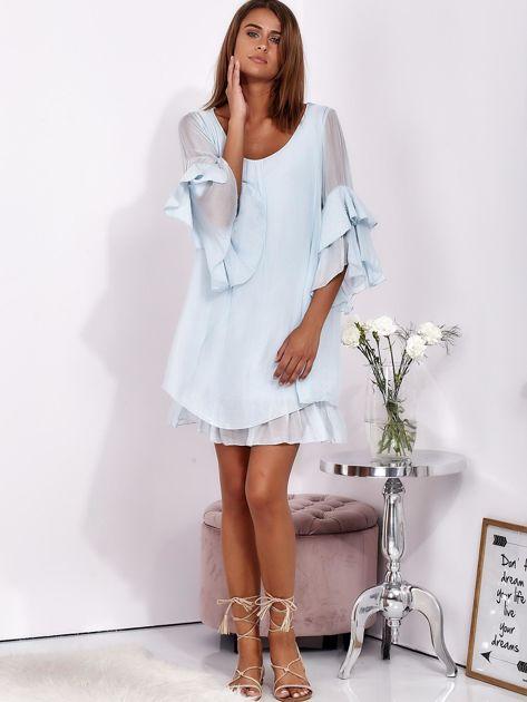Jasnoniebieska zwiewna sukienka z hiszpańskimi rękawami                              zdj.                              4