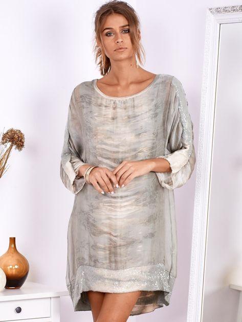 SCANDEZZA Khaki sukienka oversize z cekinami w malarski deseń                              zdj.                              5