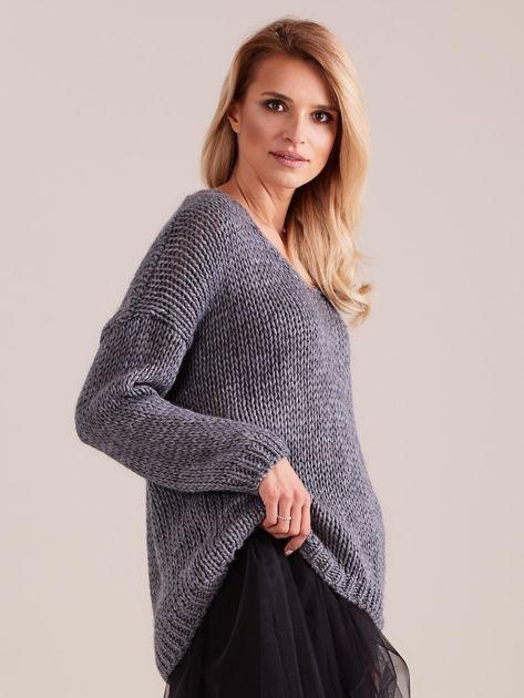 Szary luźny sweter                               zdj.                              3