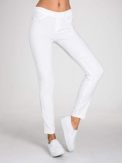 STRADIVARIUS Białe spodnie skinny typu jegginsy                                  zdj.                                  1
