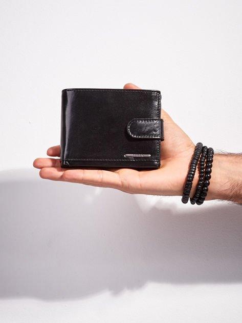 Skórzany portfel męski z zapięciem czarny                              zdj.                              1