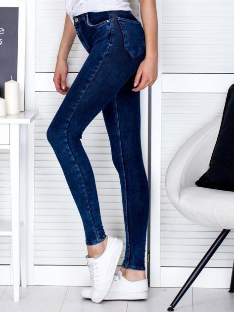 Spodnie ciemnoniebieskie slim fit                              zdj.                              3