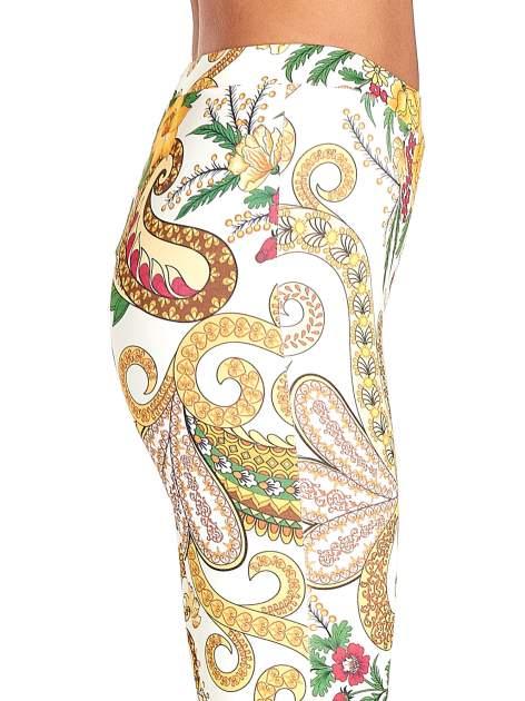 Spodnie dzwony we wzór kwiatowy                                  zdj.                                  6
