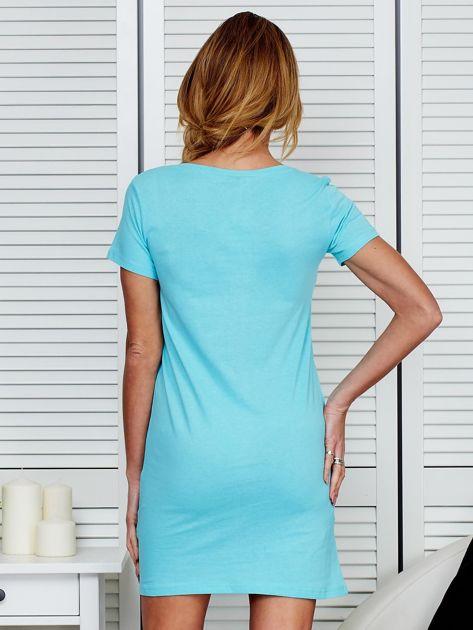 Sukienka bawełniana z kwiatowym nadrukiem jasnoniebieska                              zdj.                              2