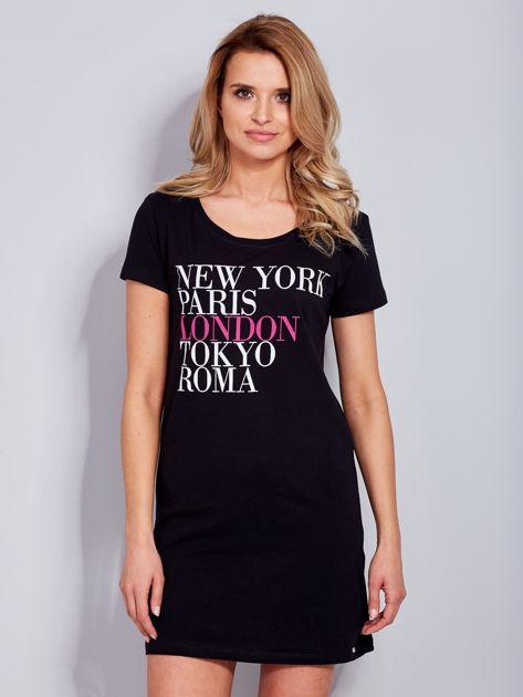 Sukienka czarna bawełniana z nazwami miast                              zdj.                              2