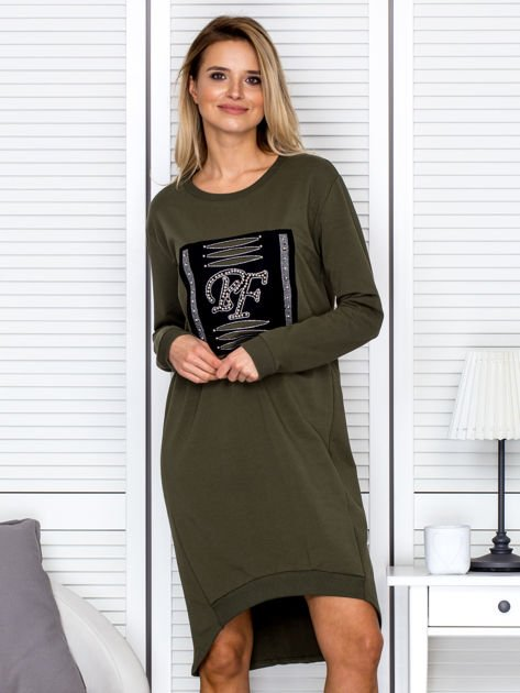Sukienka damska dzienna z ozdobnymi literami khaki                               zdj.                              1