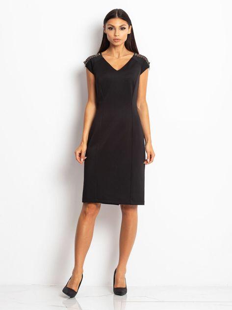 Sukienka damska z łańcuszkami na ramionach czarna                               zdj.                              4
