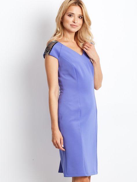 Sukienka damska z łańcuszkami na ramionach jasnoniebieska                               zdj.                              2