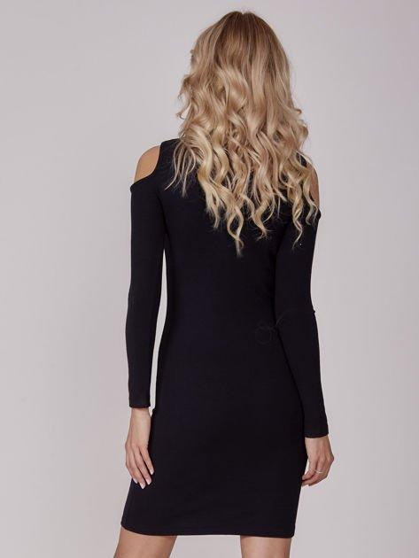 Sukienka damska z wycięciami i dekoltem lace up czarna                              zdj.                              2