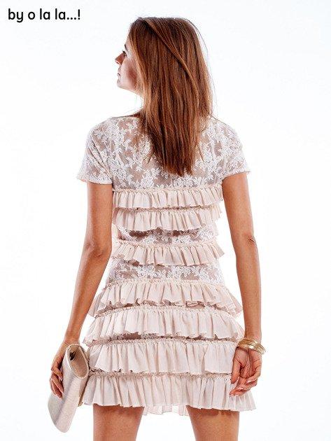 Sukienka jasnoróżowa z falbanami BY O LA LA                               zdj.                              4