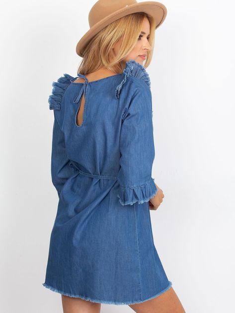 Sukienka niebieska z wystrzępionymi wykończeniem                               zdj.                              2