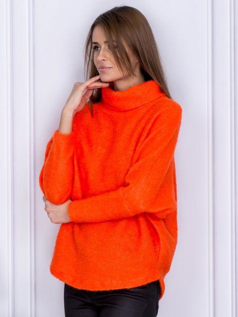 Sweter pomarańczowy z dłuższym włosem                              zdj.                              3