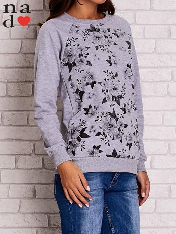Szara bluza z kwiatowym nadrukiem                                  zdj.                                  3