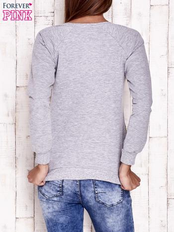 Szara bluza z miejskim nadrukiem                                  zdj.                                  2