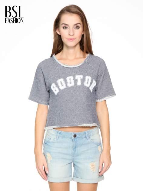 Szara bluzka typu cropped z napisem BOSTON                                  zdj.                                  1