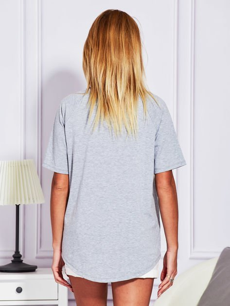 Szara bluzka z cyfrą 5                              zdj.                              2