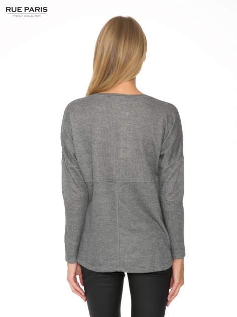Szara dresowa bluza oversize z kieszeniami                                  zdj.                                  4