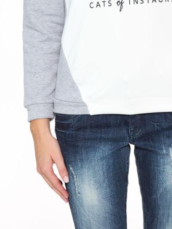 Szara dresowa bluza z kotem z motywem Instagrama                                  zdj.                                  7