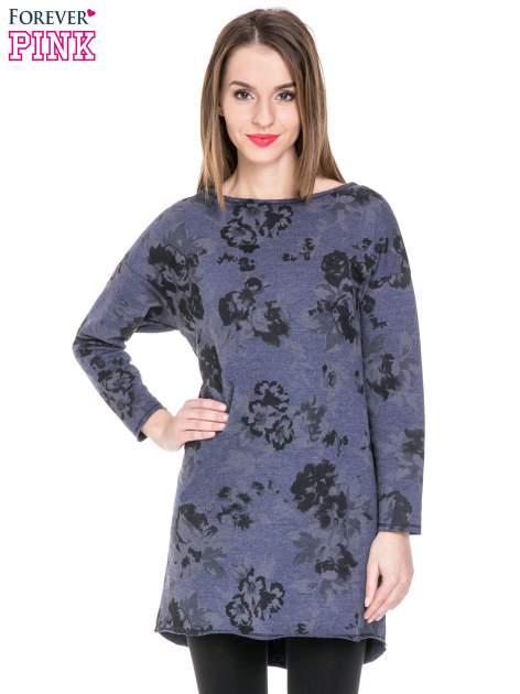 Szara dresowa sukienka z nadrukiem kwiatowym w kolorze czarnym