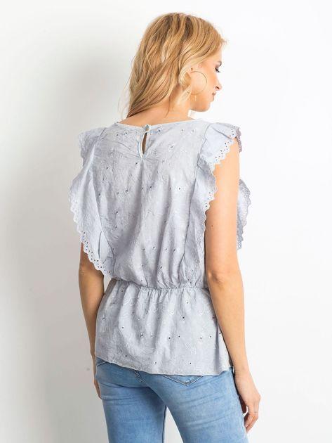 Szara haftowana bluzka z marszczeniem                              zdj.                              2