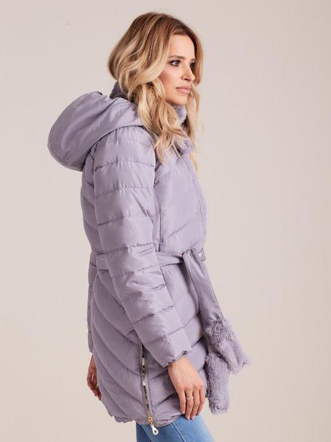 Szara pikowana kurtka zimowa z futerkiem                              zdj.                              3