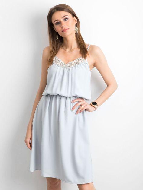 Szara sukienka damska na ramiączkach                              zdj.                              1
