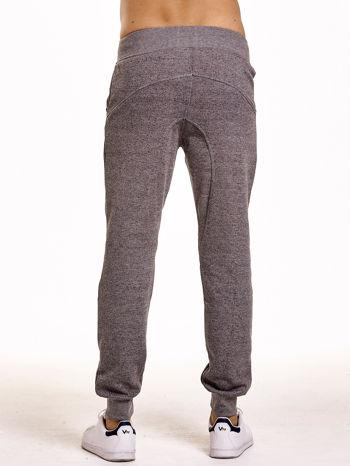 Szare melanżowe spodnie męskie z zasuwanymi kieszeniami                                  zdj.                                  5