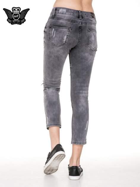 Szare rozjaśniane spodnie jeansowe 7/8 z rozdarciami                                  zdj.                                  2
