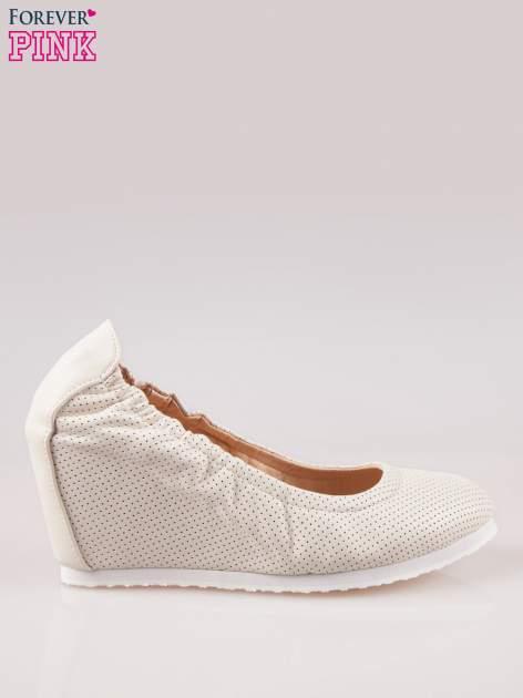 Szare siateczkowe buty na koturnie                                  zdj.                                  1