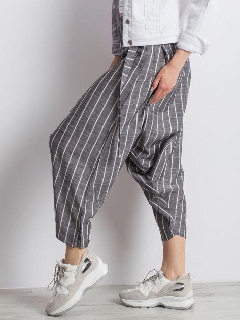 Szare spodnie Vibing                              zdj.                              3
