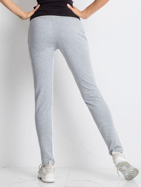 53f8af72 Szare spodnie dresowe Defined
