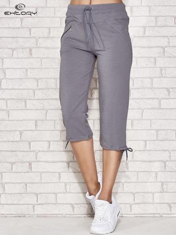 Szare spodnie dresowe capri z kieszonką                                  zdj.                                  1