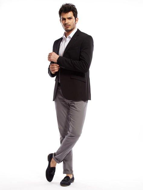 Szare spodnie męskie chinosy o prostym kroju                              zdj.                              5