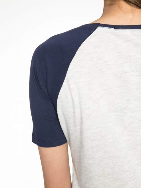 Szaro-granatowy t-shirt z nadrukiem NEW YORK CITY 1983                                  zdj.                                  10