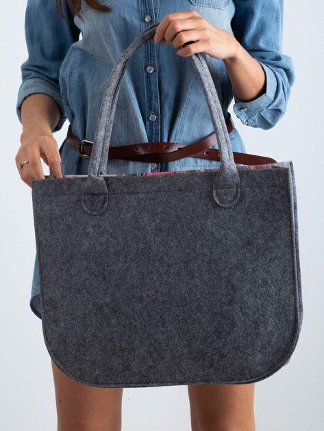 Szaro-różowa torba filcowa z nadrukiem                              zdj.                              3