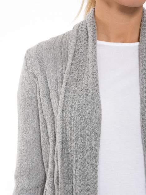 Szary ażurowy długi sweter typu kardigan                                  zdj.                                  6