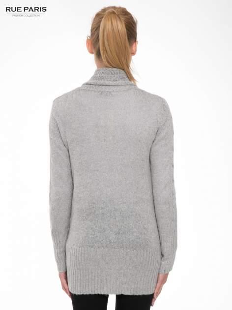 Szary ażurowy długi sweter typu kardigan                                  zdj.                                  4