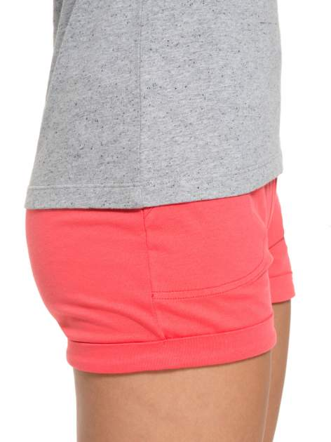 Szary bawełniany t-shirt damski typu basic                                  zdj.                                  7
