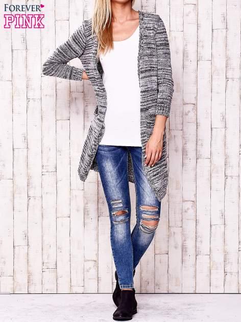 Szary melanżowy sweter z cekinami                                  zdj.                                  2