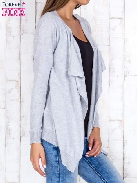 Szary niezapinany sweter z melanżowym efektem                                  zdj.                                  3