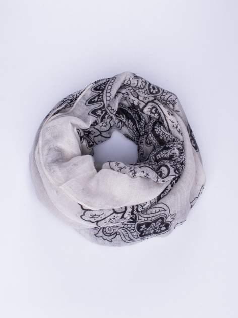 Szary orientalny szal we wzór paisley