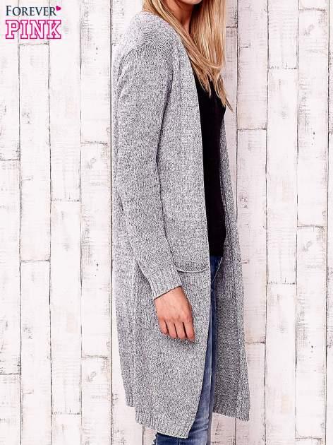Szary otwarty sweter z kieszeniami                                  zdj.                                  3