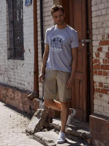 Szary t-shirt męski z nadrukiem mostu i napisem CALIFORNIA 66                                  zdj.                                  6