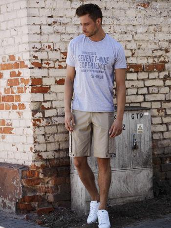 Szary t-shirt męski z nadrukiem napisów                                  zdj.                                  6