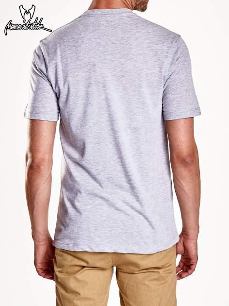 Szary t-shirt męski ze zdjęciem miasta                                  zdj.                                  6