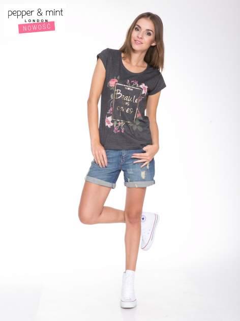 Szary t-shirt z kwiatowym nadrukiem i złotym napisem                                  zdj.                                  5