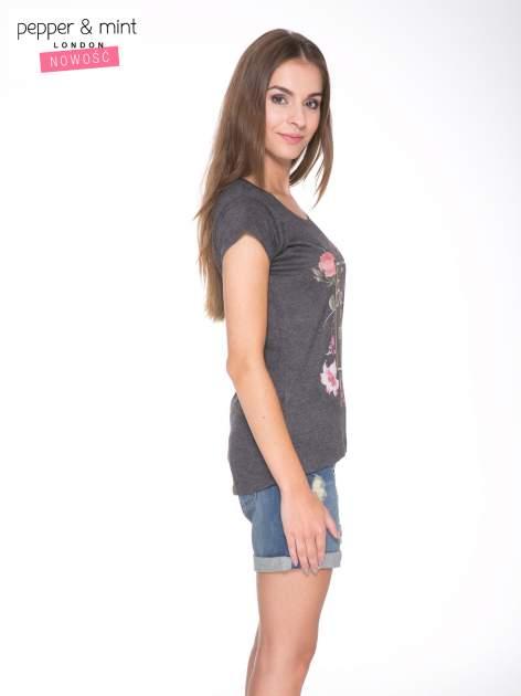 Szary t-shirt z kwiatowym nadrukiem i złotym napisem                                  zdj.                                  3