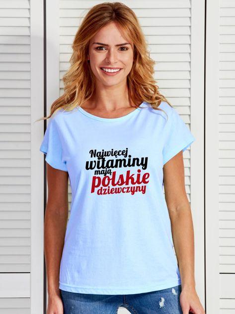 T-shirt NAJWIĘCEJ WITAMINY MAJĄ POLSKIE DZIEWCZYNY niebieski                                  zdj.                                  1