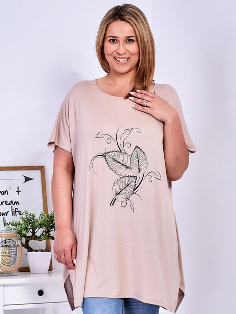 T-shirt beżowy z motywem roślinnym PLUS SIZE                              zdj.                              1