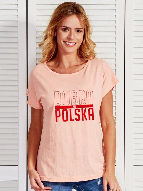 T-shirt damski patriotyczny DOBRA BO POLSKA łososiowy                              zdj.                              1